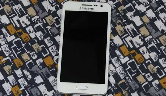 Samsung-Galaxy-A3-Review