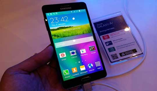 Samsung-officially-launches-Galaxy-A7-with-a-price-tag-of-$400