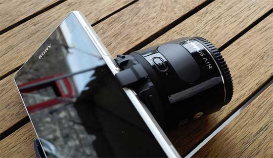 Olympus-Air-lens-connects-with-smartphone-will-appear-next-week-at-CP+-2015