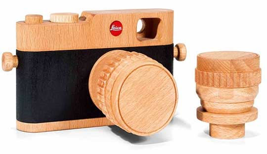 Leica-wooden-camera-design-for-Leica-fans
