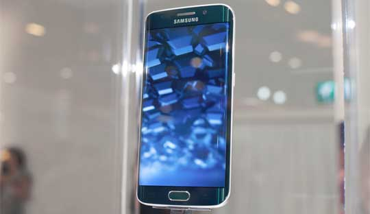 Samsung-Galaxy-S6-and-Galaxy-S6-Edge-Launched-at-MWC-2015