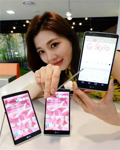 LG-G-Stylo-with-stylus-and-memory-card-support-up-to-2TB-Launched