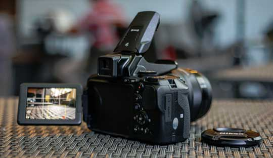 Nikon-P900-83x-super-zoom