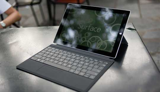 Unboxing-Microsoft-Surface-3