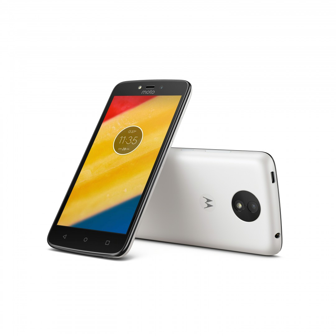 motorola moto c and moto c plus with android 7 0 goes official. Black Bedroom Furniture Sets. Home Design Ideas