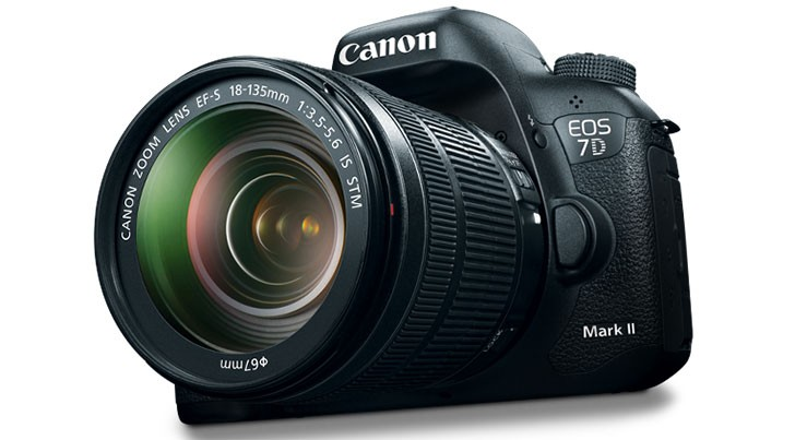 Canon 7D Mark III Features