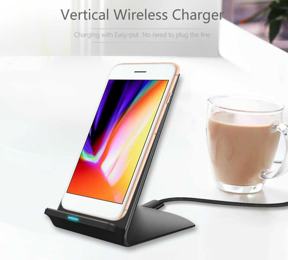 iPhone 7 With Qi Wireless Charging Stand