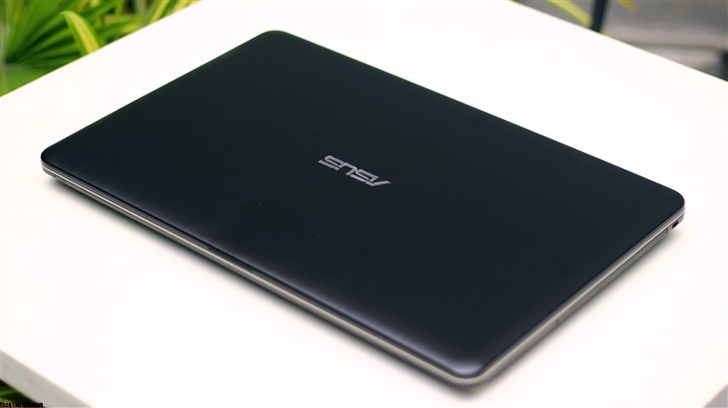 Asus X541UA Review