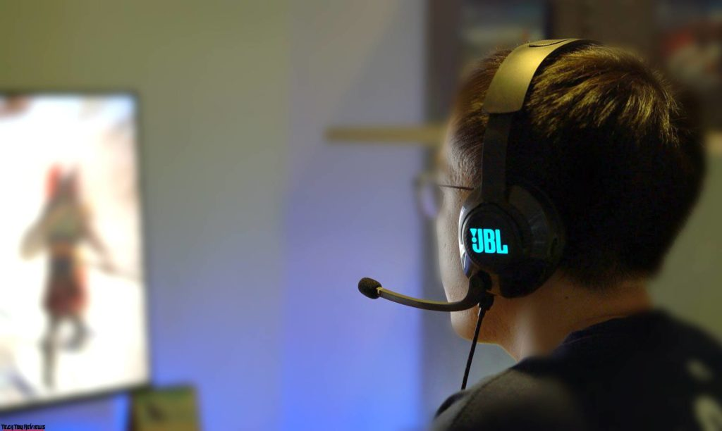 best gaming headset with microphone