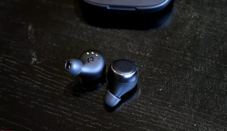 harman kardon fly tws earphones review