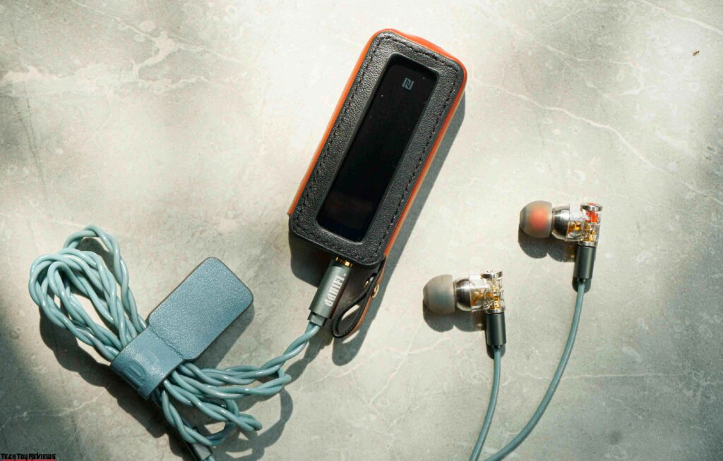 ddHiFi Janus Review: Unique In-Ear Monitor for Soft Music