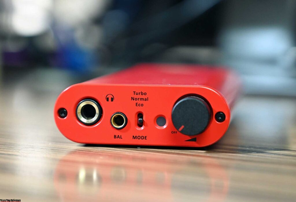 iFi iDSD Diablo Review: Portable DAC/Headphone Amp with Realistic Sound